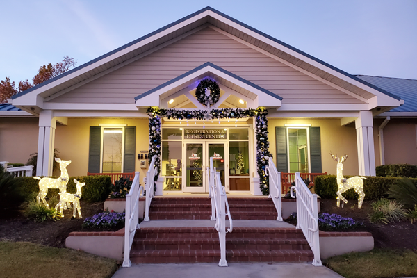 Enjoy the holiday season and Christmas lights with us in Hilton Head